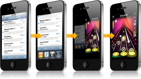 iPhone 4 s multitaskingem a gyroskopem